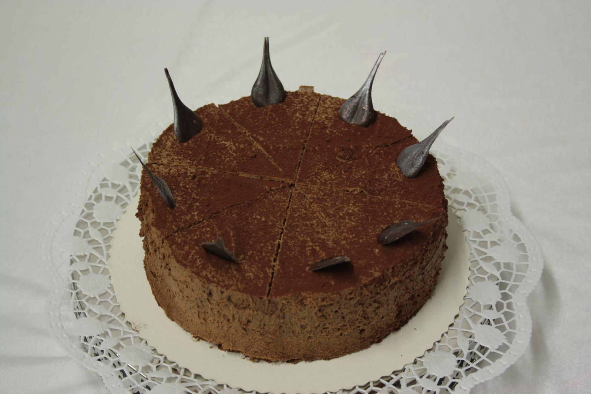 Kuchen und torten im schokol dchen bruchk bel und for Kuchen frankfurt